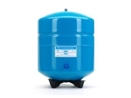 4.5 Gallon Blue Pressure Tank -1/4